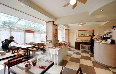 Sala de desayuno Bon-Port