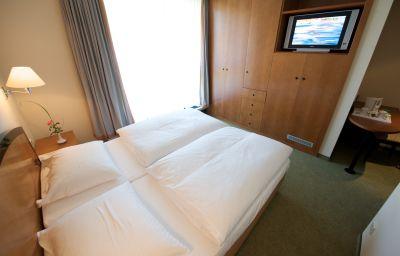 Double room (standard) Radisson Blu Park Hotel & Conference Centre