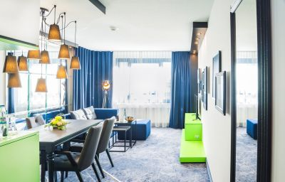 Suite Holiday Inn STUTTGART