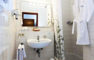 Torgauer_Hof_AKZENT_Hotel-Sindelfingen-Bathroom-1-31168.jpg