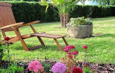 Les_Loges_Logis-Chantepie-Garden-1-31873.jpg