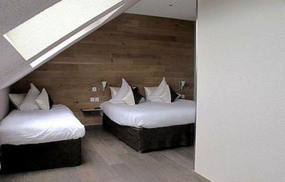 Les_Loges_Logis-Chantepie-Triple_room-1-31873.jpg