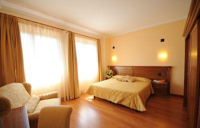 Panoramic-Montepulciano-Triple_room-1-31987.jpg