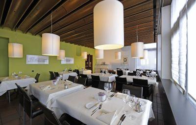 Hotel_SEEBLiCK-Emmetten-Restaurant-2-32039.jpg