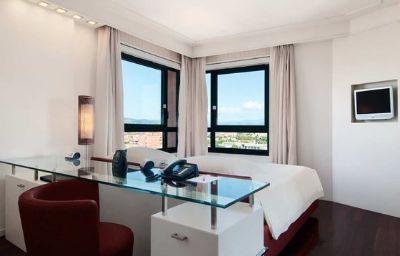 Hilton_Florence_Metropole-Florence-Room-25-32102.jpg