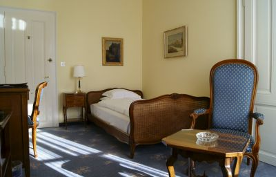 Victoria-Montreux-Single_room_standard-33474.jpg