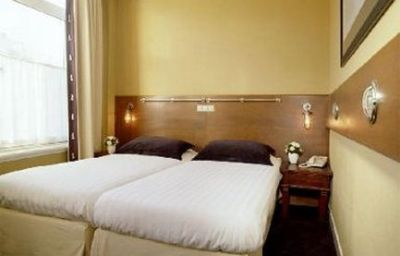 Hotel_Piet_Hein-Amsterdam-Room-7-34271.jpg
