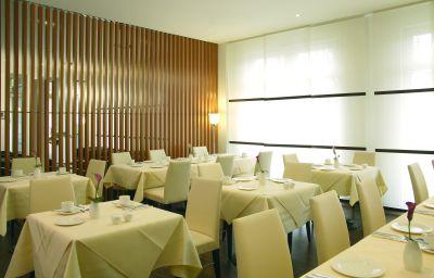 NH_Hamburg_City-Hamburg-Restaurantbreakfast_room-6-34418.jpg