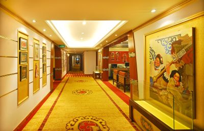 Intérieur de l'hôtel Tibet