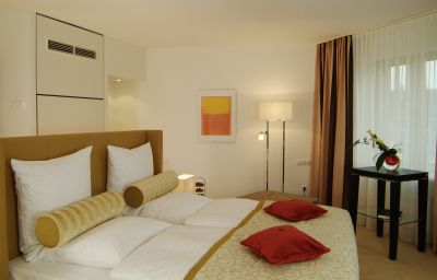 Lindner_Hotel_Residence_Main_Plaza-Frankfurt_am_Main-Double_room_standard-35322.jpg