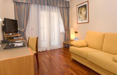 NH_Oviedo_Principado-Oviedo-Suite-1-35368.jpg