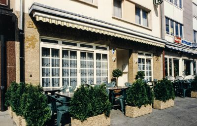 Terrasse Christophe Colomb non smoker hotel Luxembourg (Luxembourg District)
