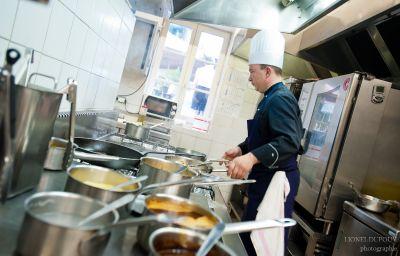 Philippe_le_Bon_Exclusive_Hotel-Dijon-Hotel_kitchen-36322.jpg