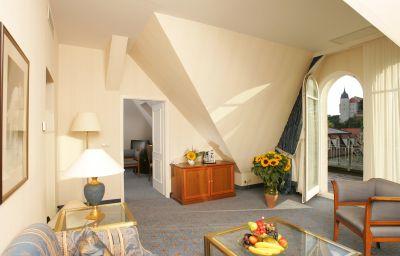 Welcome_Parkhotel-Meissen-Suite-1-36440.jpg