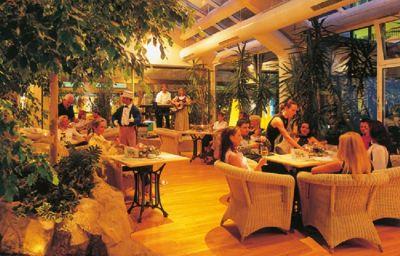 IFA_Schoeneck_Hotel_Ferienpark-SchoeneckVogtland-Hotel-Bar-1-36722.jpg