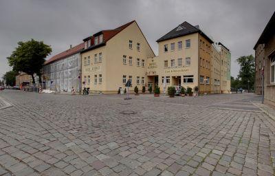 Kubrat_An_der_Spree-Berlin-Exterior_view-4-36727.jpg