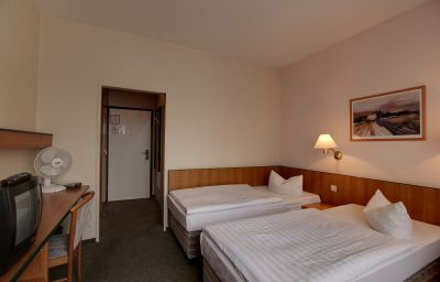 Kubrat_An_der_Spree-Berlin-Room-10-36727.jpg