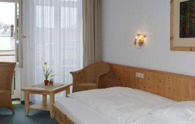 Seethaler-Straubing-Single_room_superior-2-37190.jpg