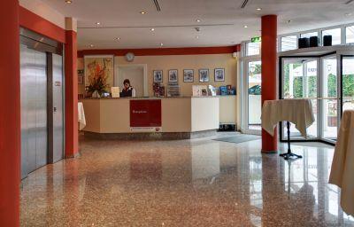 Hall de l'hôtel Plaza