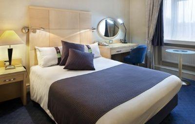 Holiday_Inn_BOLTON_CENTRE-Bolton-Room-11-38137.jpg