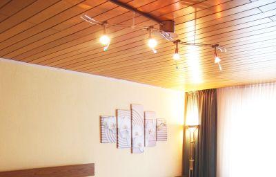 Am_Roemerhof_Garni-Bonn-Double_room_standard-8-38356.jpg