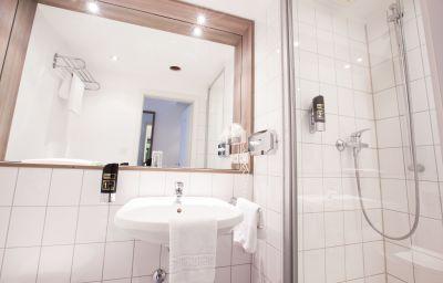 Bathroom Manhattan