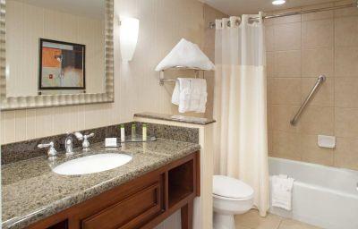 DoubleTree_by_Hilton_Albuquerque-Albuquerque-Room-4-38680.jpg