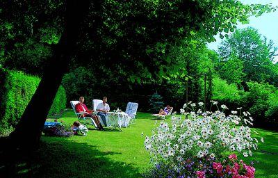 Zum_Lamm_Gasthof_-_Pension-Bischofsheim-Garden-39010.jpg