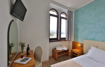 BEST_WESTERN_Hotel_Europa-Riva_del_Garda-Room-4-40825.jpg