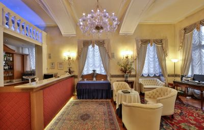 Bar de l'hôtel Best Western Plus Genova