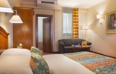 Astoria_Best_Western_Premier-Zagreb-Room-26-40984.jpg