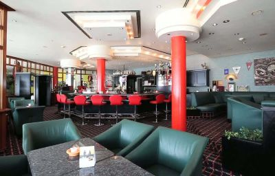 Ramada-Herrenberg-Hotel_bar-1-41819.jpg