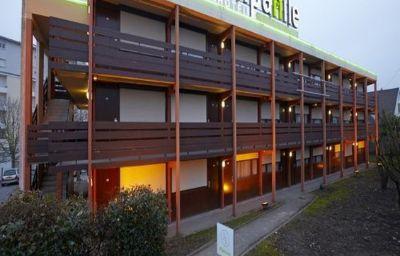Campanile_-_Chelles-Chelles-Exterior_view-3-42921.jpg