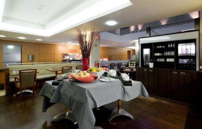 Restaurante/sala de desayunos Scandic Grand Place