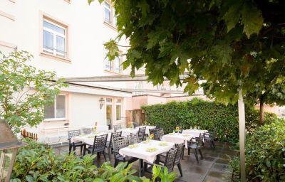 Ambassador-Solothurn-Terrace-44032.jpg