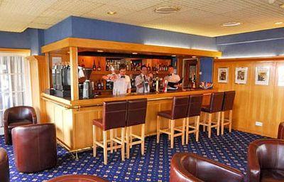 Cooden_Beach-Bexhill-Hotel_bar-1-44123.jpg