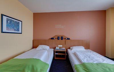 Arcadia-Schwetzingen-Room-12-44430.jpg