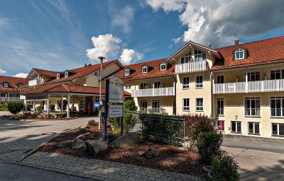 Ahornhof_Sporthotel-Lindberg-Exterior_view-2-45148.jpg