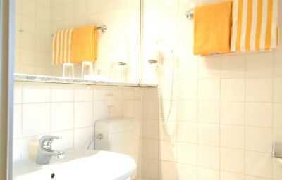 Bagno in camera Haus Sparkuhl Garni Hanover (Lower Saxony)