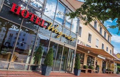 Wegner-Langenhagen-Hotel_outdoor_area-1-45502.jpg