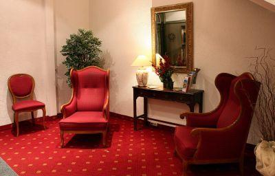 Ambiente_Garni-Munich-Hall-1-46024.jpg