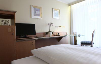 Ambiente_Garni-Munich-Single_room_standard-4-46024.jpg