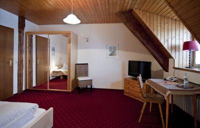 Zur_Post-Wolfegg-Standard_room-2-46185.jpg