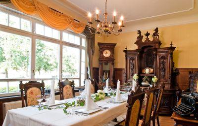 Fliegerheim-Borkheide-Restaurant_2-46842.jpg