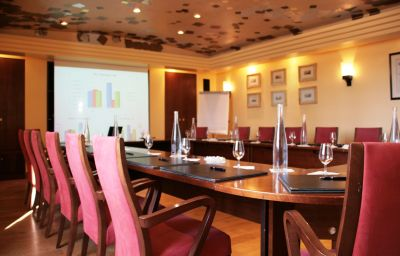 Sala riunioni Relais et Chateaux La Forestiere