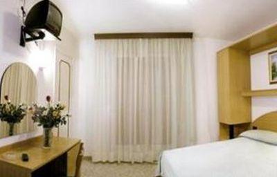 London-Lido_di_Jesolo-Room-5-50350.jpg