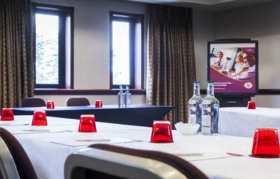 Crowne_Plaza_LEEDS-Leeds-Conference_room-48-51078.jpg