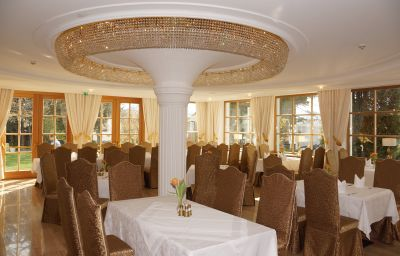 Maria_Theresia-Hall_in_Tirol-Restaurantbreakfast_room-51188.jpg