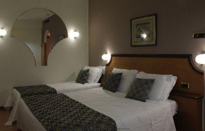 Tevere-Perugia-Triple_room-52210.jpg