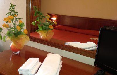 Chambre double (standard) Della Torre Hotel